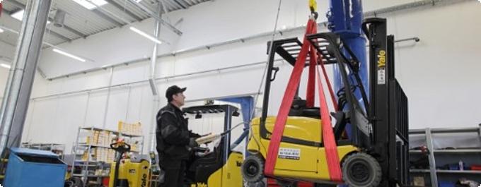 Podnoszenie wózka widłowego